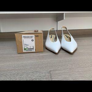 NWOT Zara White Leather Pointed Toe Slingbacks